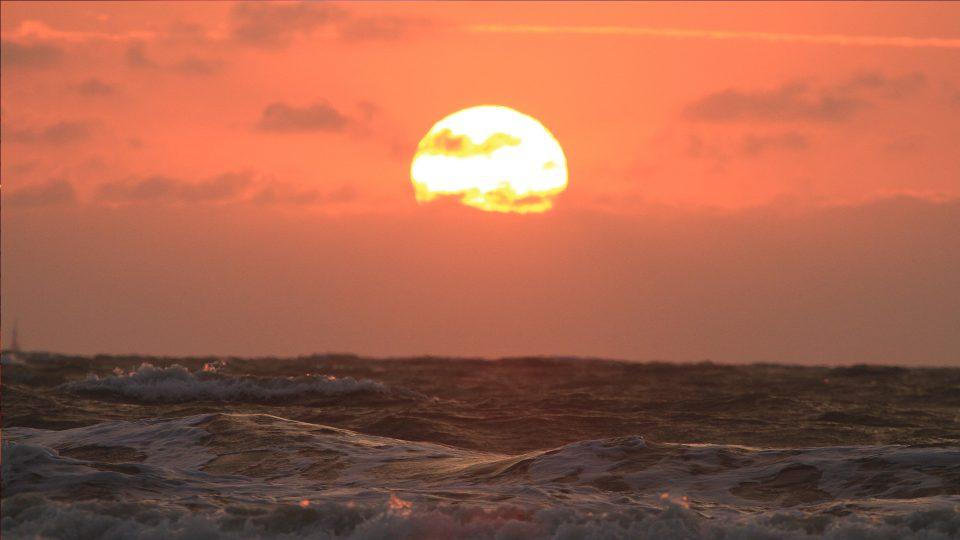 Esmeraldas - Atardecer en la Playa