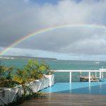 "Restaurante Bahía De Mar <img src=""http://turismoaccesible.ec/site/wp-content/uploads/accesibilidad/semaforo_alto1.png""  width=""150px"">"