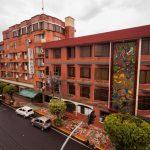 "HOTEL EL AUCA <img src=""http://turismoaccesible.ec/site/wp-content/uploads/accesibilidad/semaforo_medio1.png""  width=""150px"">"