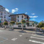 "Ikala Quito Hotel <img src=""http://turismoaccesible.ec/site/wp-content/uploads/accesibilidad/semaforo_medio1.png""  width=""150px"">"